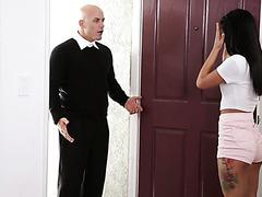 Eine Lehrerin wurde von der wahnsinnigen Gina Valentina zum Sex erpresst